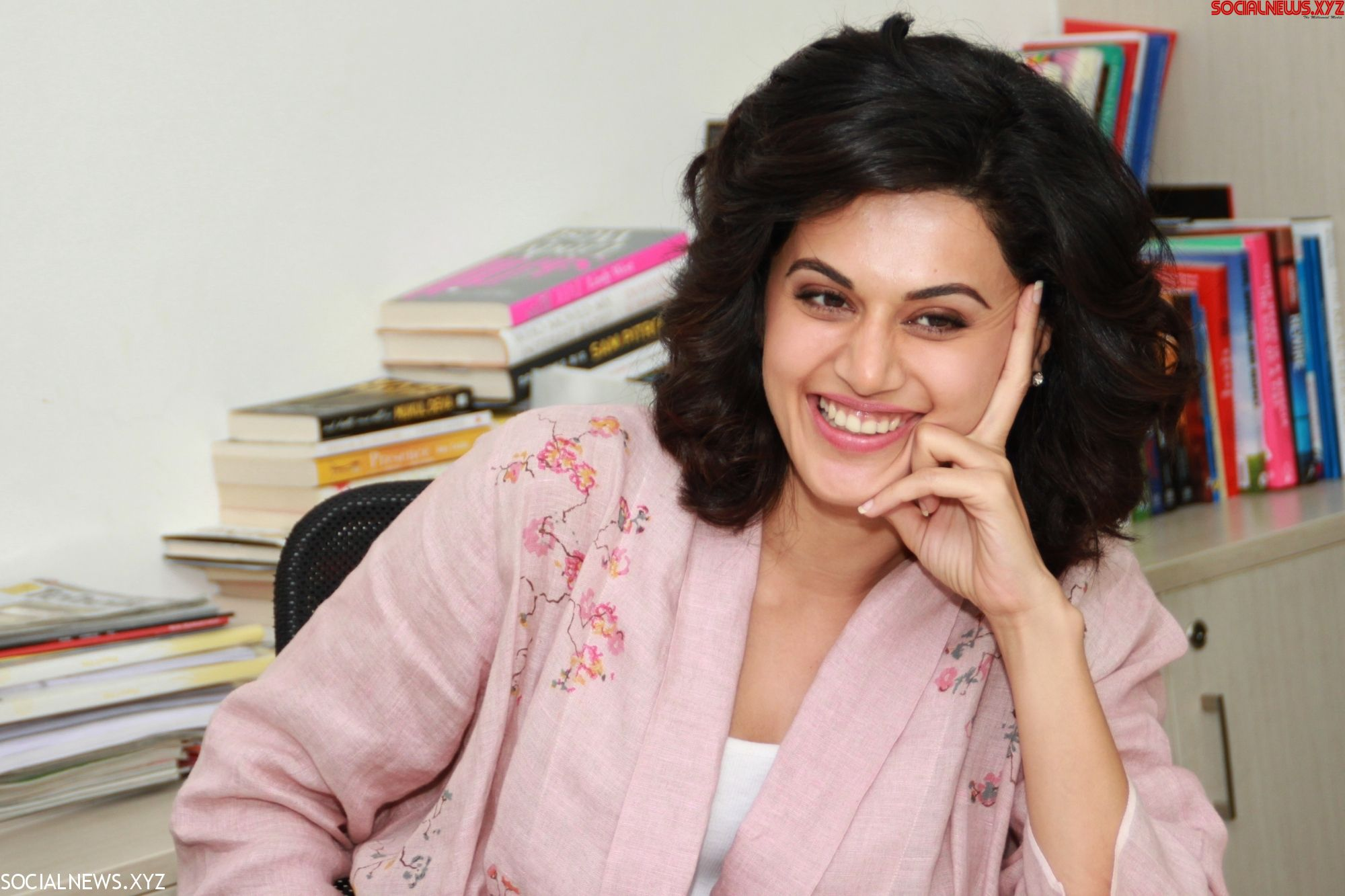 Neeraj Pandey: Taapsee's success a result of right choices