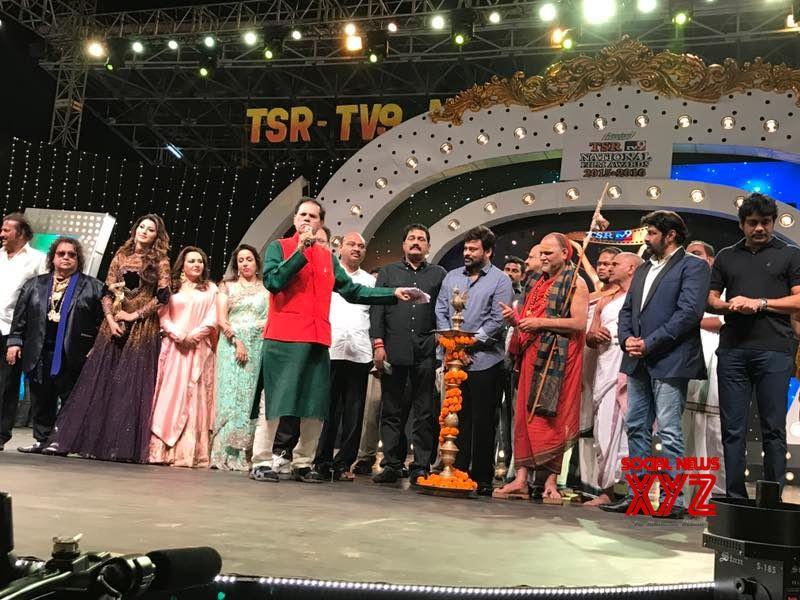 TSR TV9 Awards 2017 At Vizag Gallery - Social News XYZ