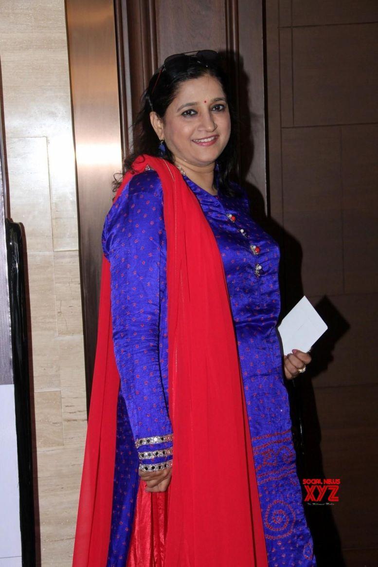 Singer Kavita Seth collaborates with son for Pakistani film