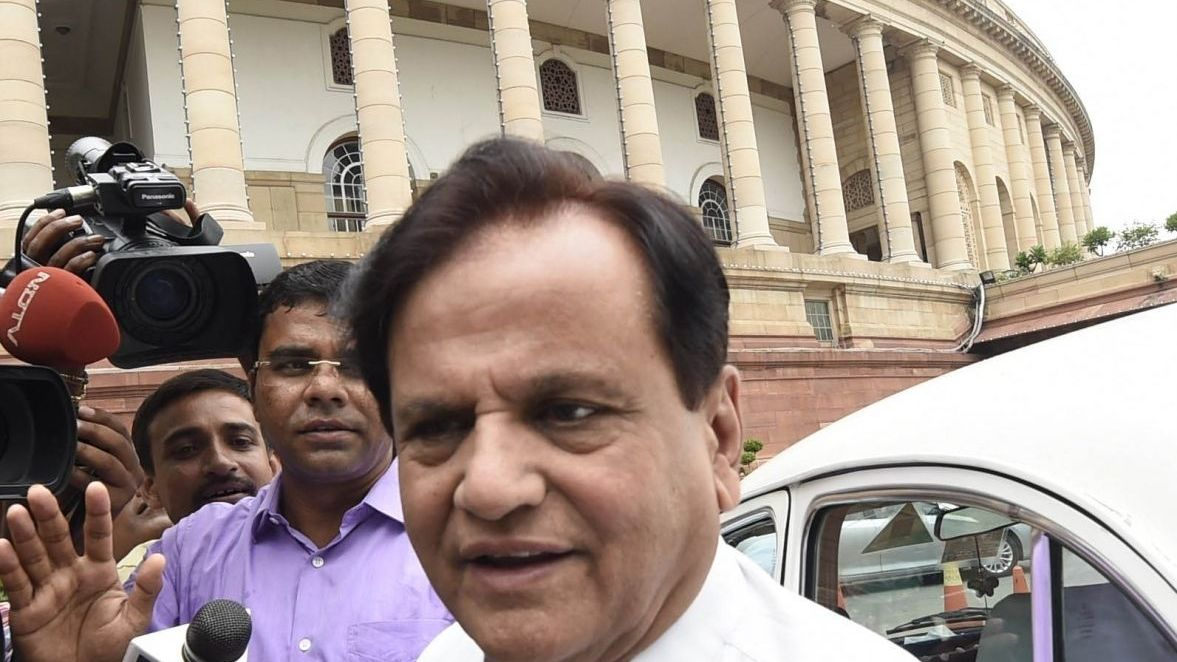 Ahmed Patel barely survives to keep Sonia's Rahul hopes alive
