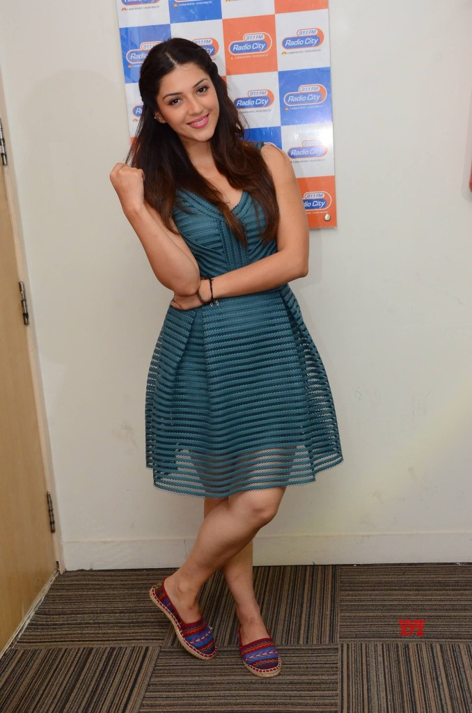 Actress Mehreen Kaur Pirzada Stills From Radio City For