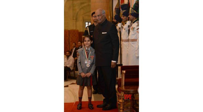 Kovind presents National Child Awards