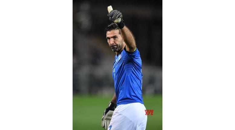 World football fraternity hails retired Buffon