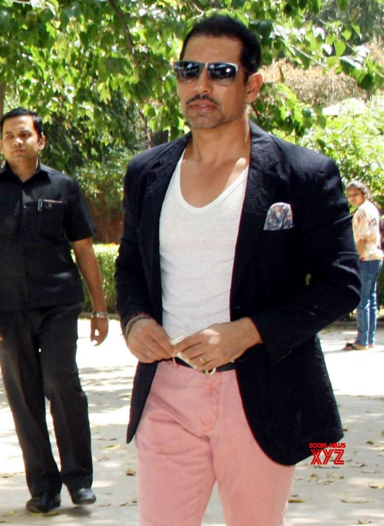 ED defends searches on persons linked to Vadra