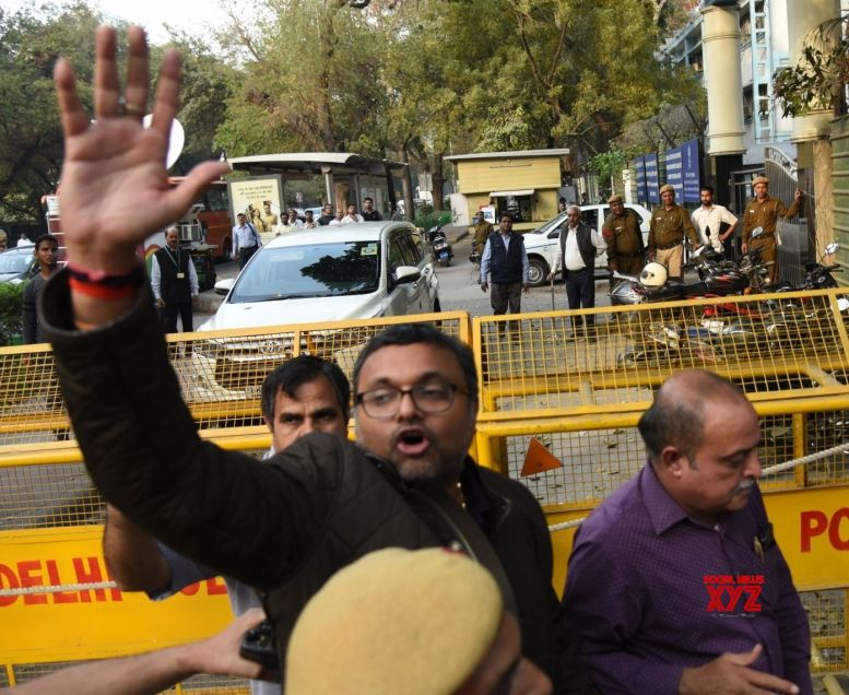 Delhi court grants bail to Karti's CA in money laundering case
