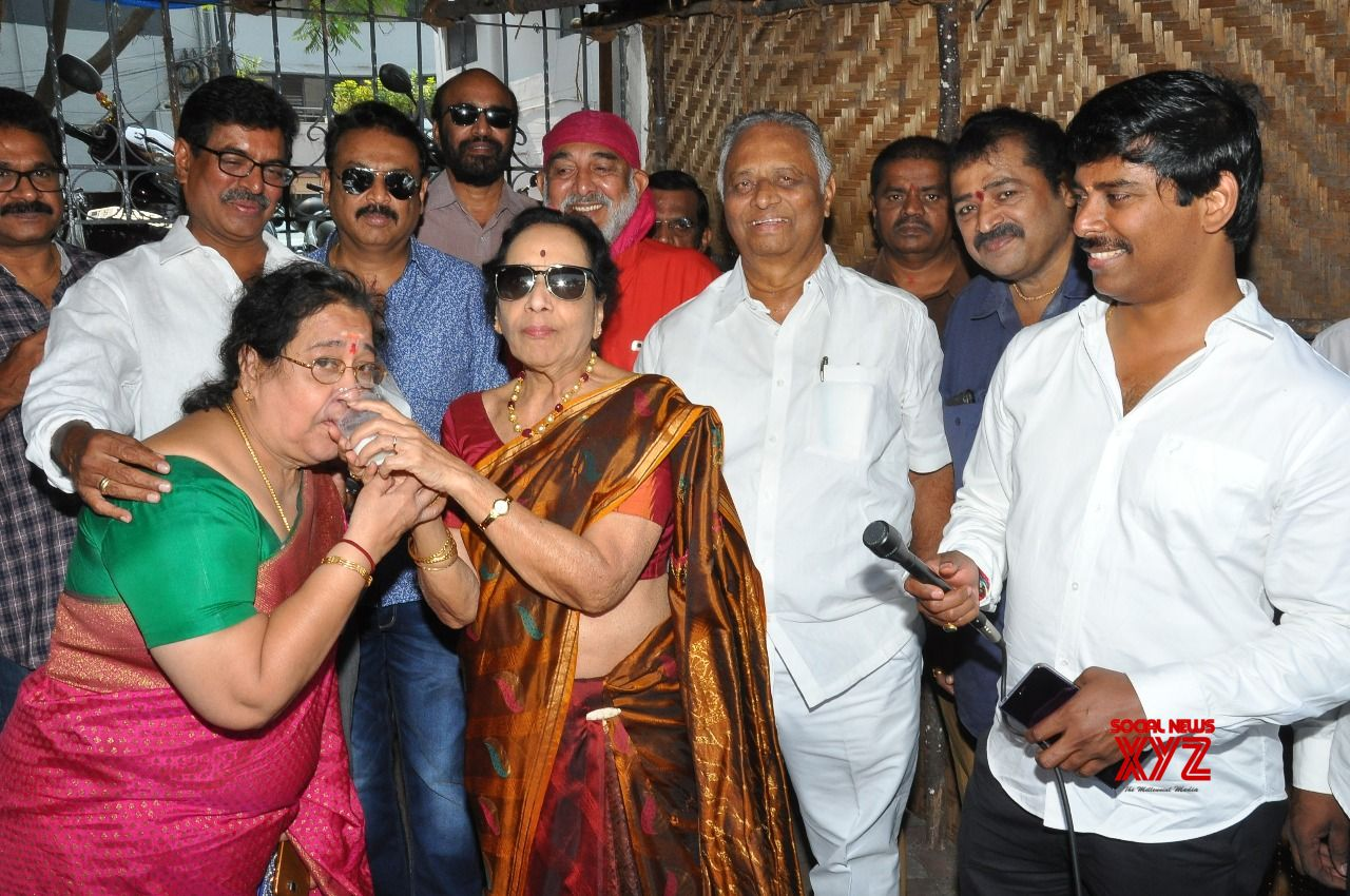 MAA And Film Nagar Housing Society Set Up A Chalivendram At Film Chamber
