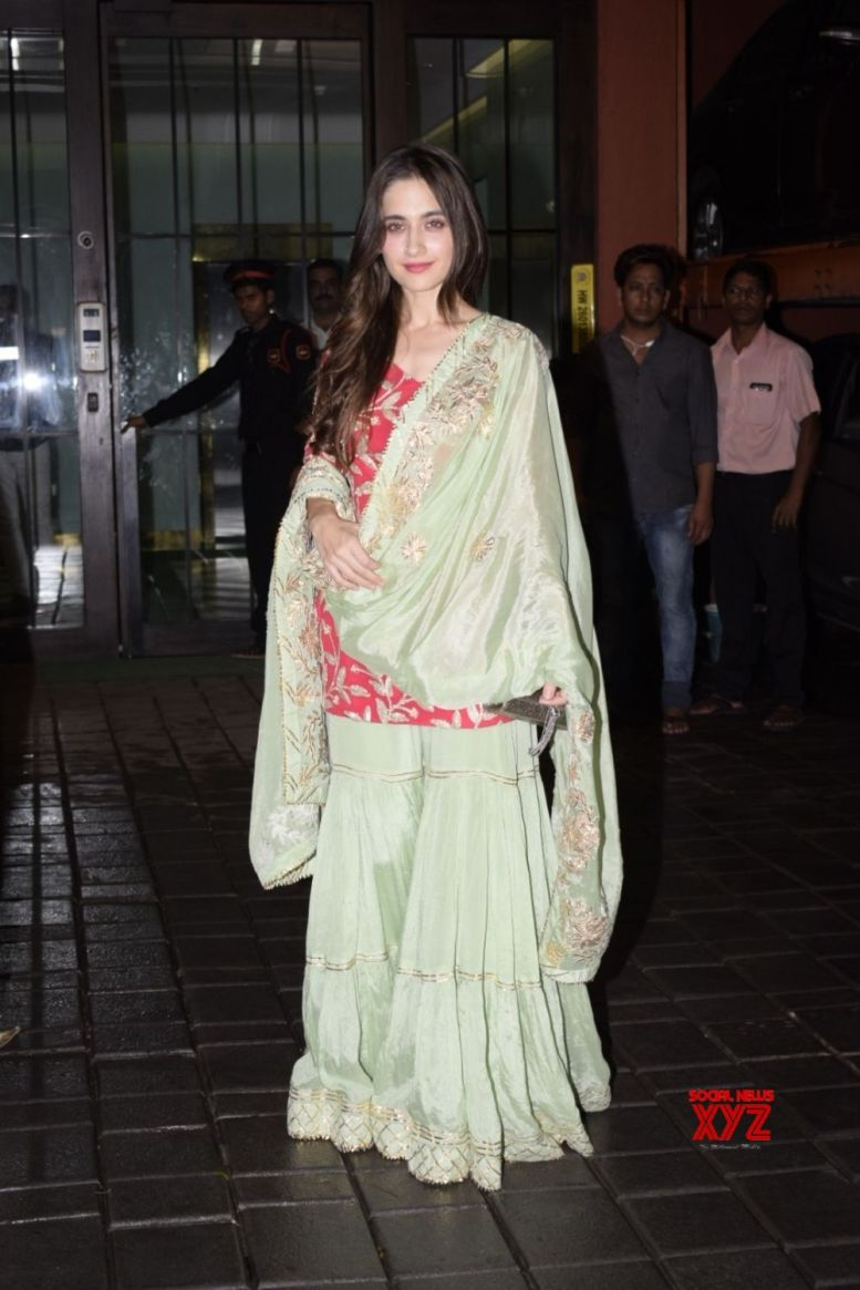 Sanjeeda learns Punjabi for 'Ashke'