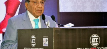 Kolkata: 15th Finance Commission Chairman N.K. Singh addresses at an interactive session organised by Indian Chamber of Commerce in Kolkata on July 16, 2018. (Photo: IANS/PIB)