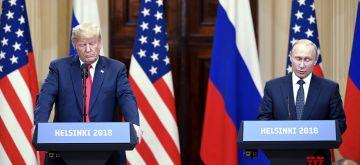 (180716) -- HELSINKI, July 16, 2018 (Xinhua) -- U.S. President Donald Trump (L) and Russian President Vladimir Putin attend a joint press conference in Helsinki, Finland, on July 16, 2018. Donald Trump and Vladimir Putin started their first bilateral meeting here on Monday. (Xinhua/Lehtikuva/Jussi Nukari)