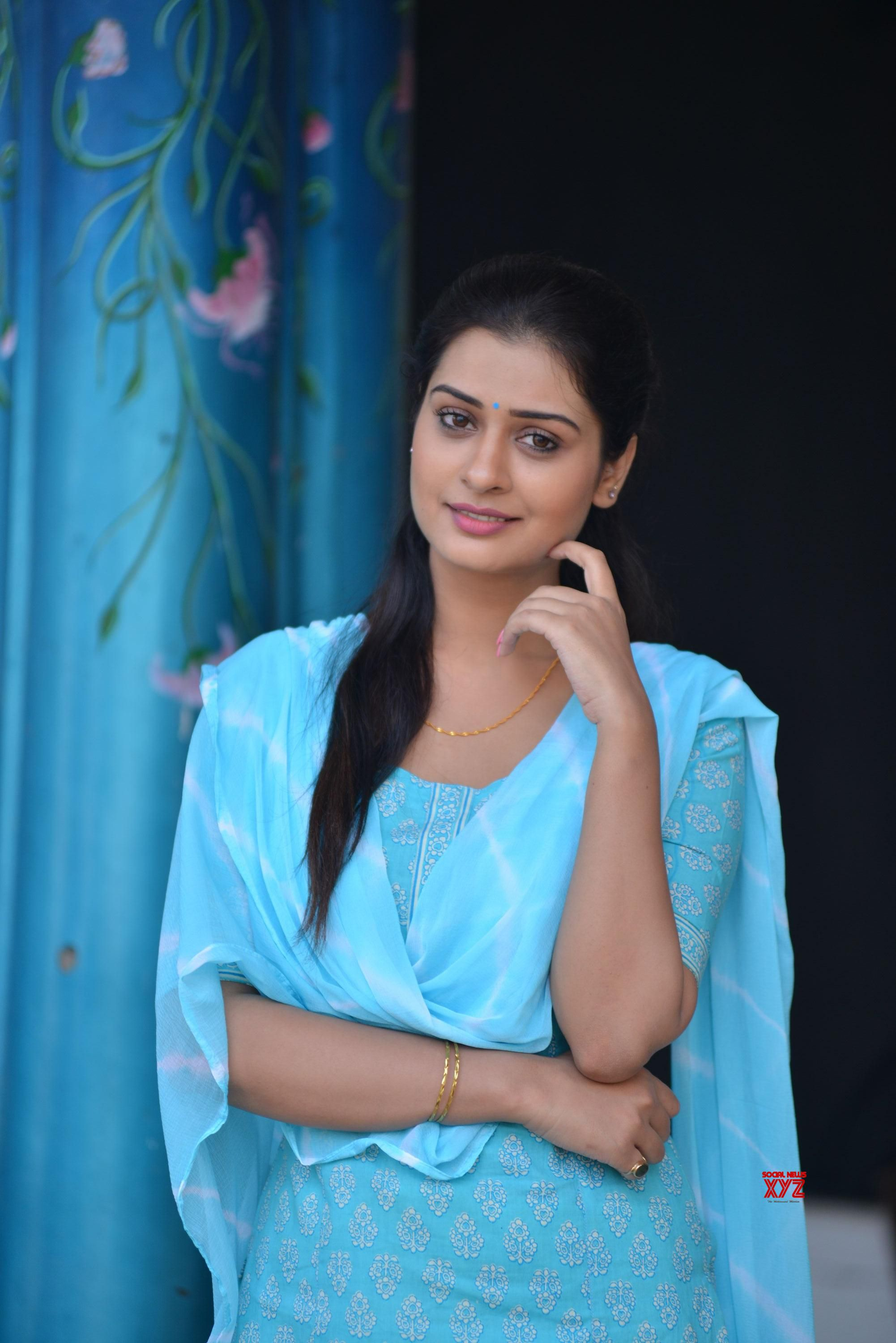 Actress Payal Rajput Glamour Hd Stills From Rx 100 Movie -2114