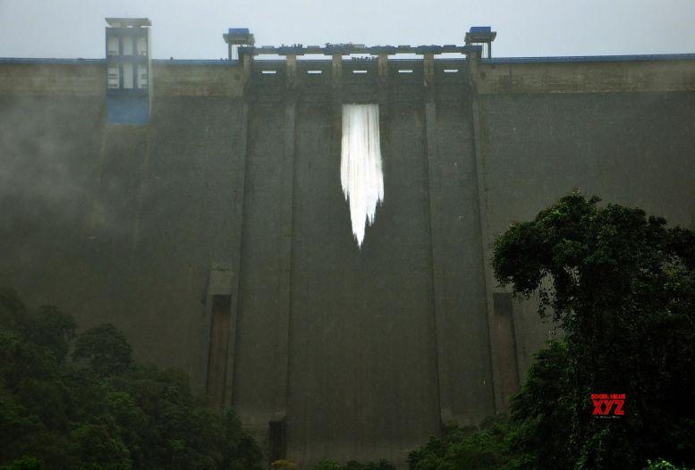 Declare Kerala floods national calamity: CPI