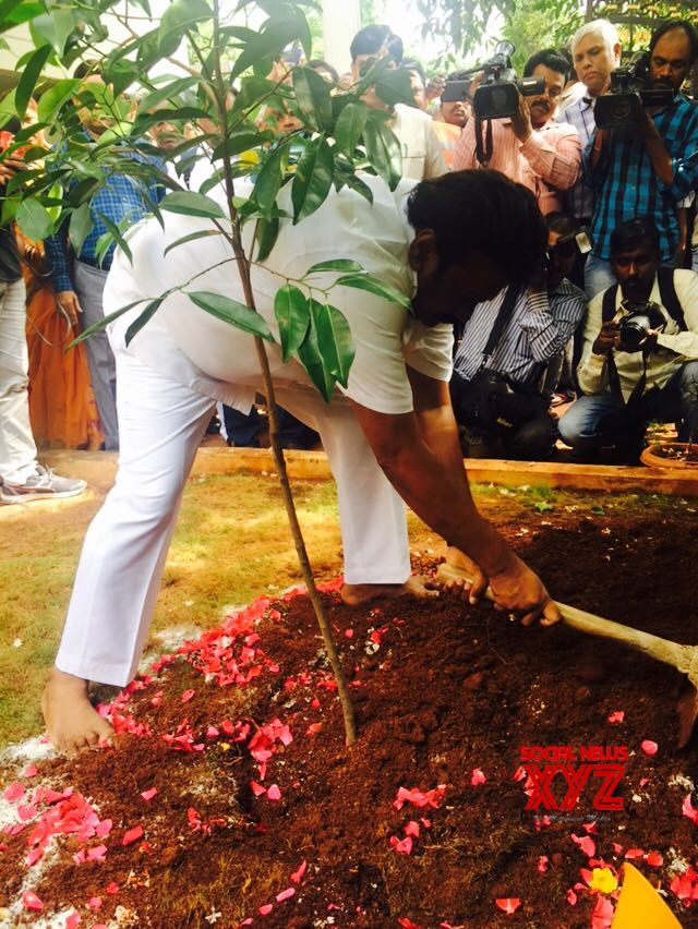 Minister Talasani Srinivas Yadav Completes Haritha Haram Challenge