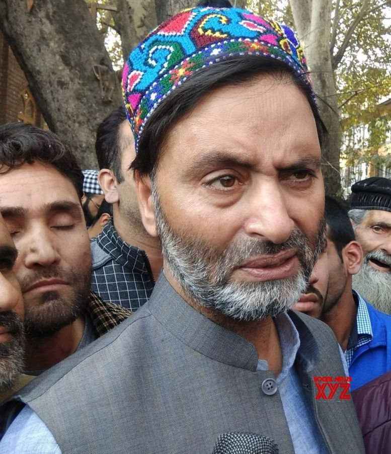 Article 35A gives Kashmiris right to self-determination: Malik