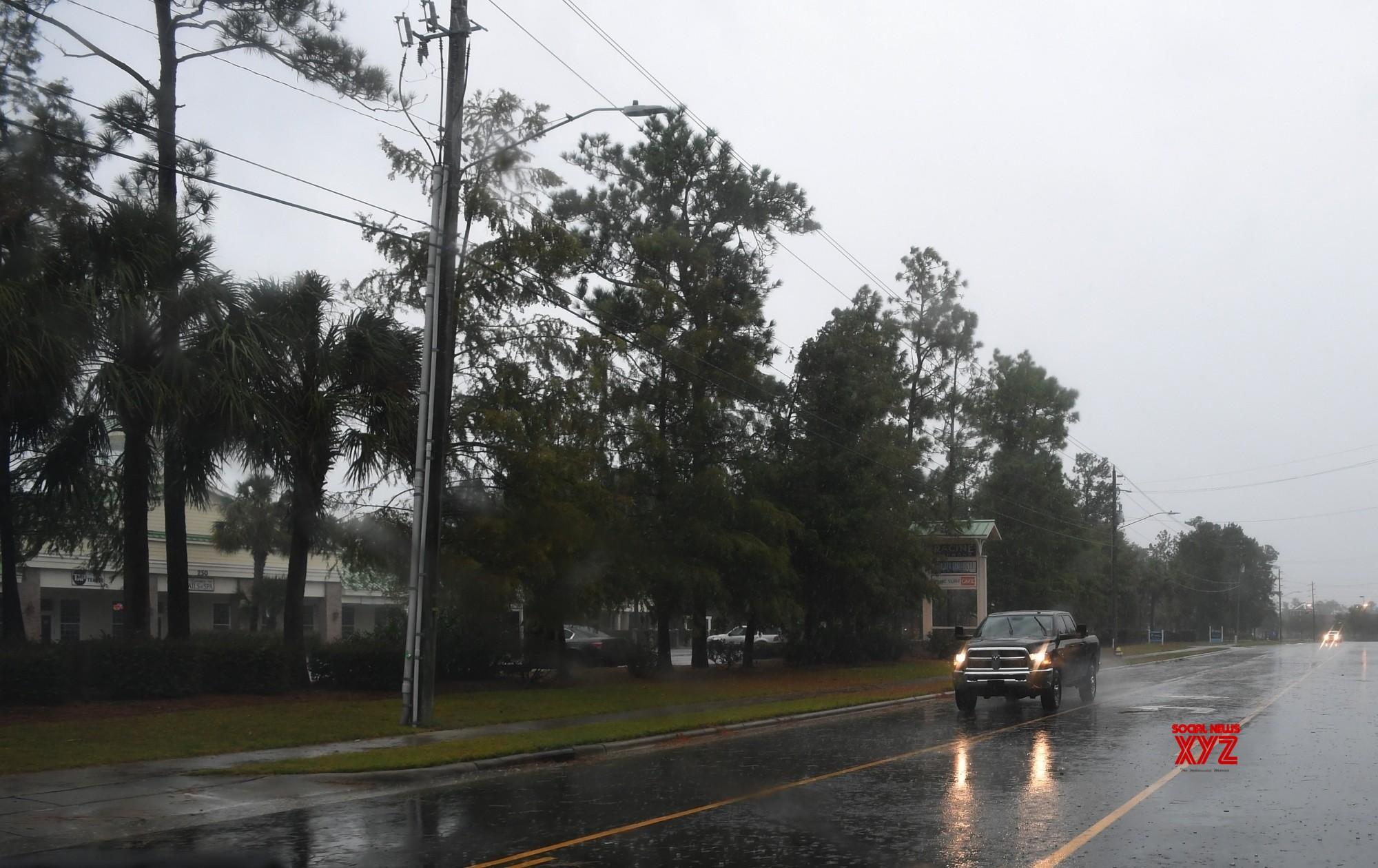 Hurricane Florence pounds US East Coast with heavy rain