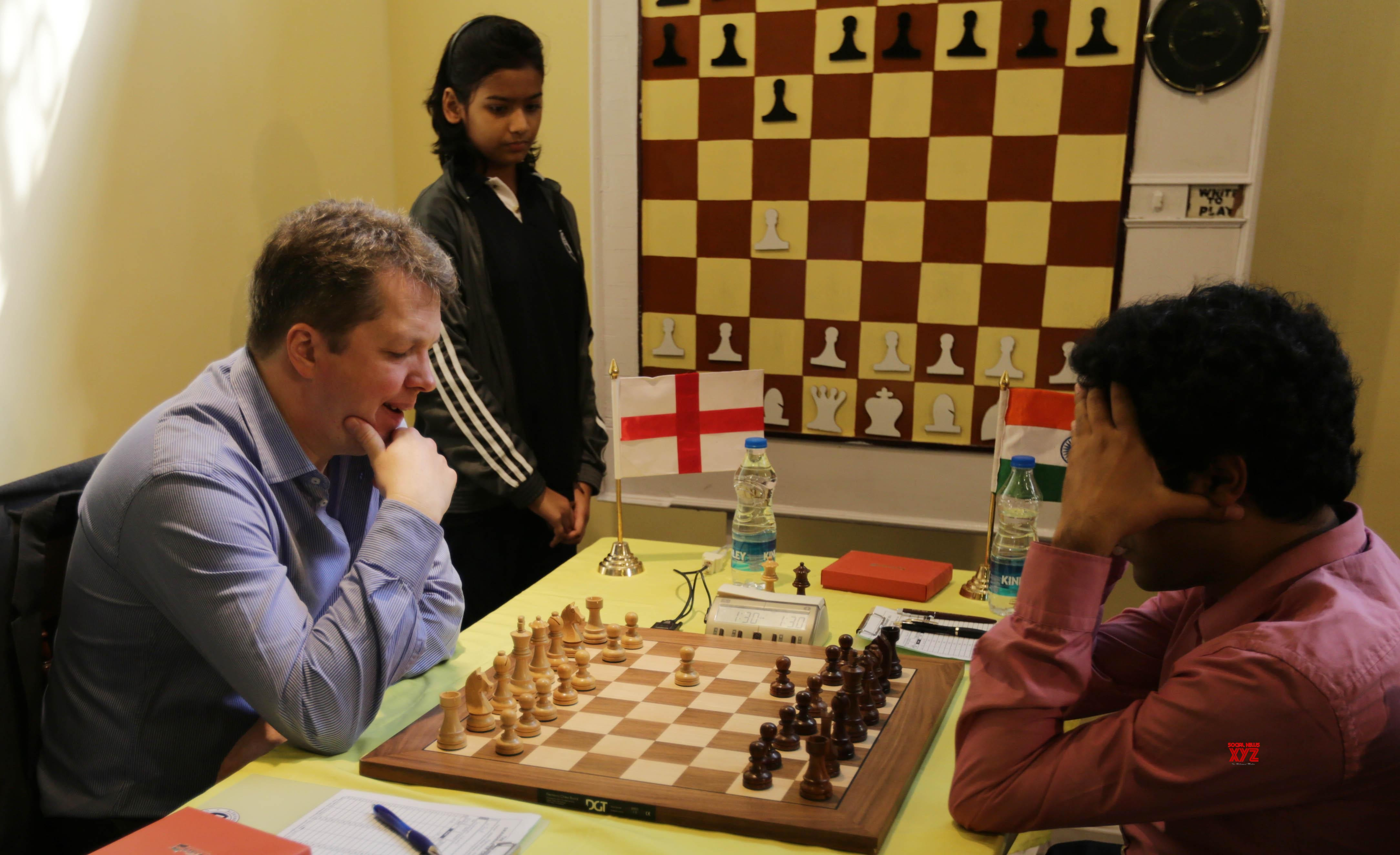 Anand helped me to take on Karpov in 1993: Nigel Short