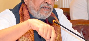 Bengaluru: Bihar Deputy Chief Minister and GST Group of Ministers (GoM) for technology Chairperson Sushil Kumar Modi addresses during a press conference, in Bengaluru on Sept 22, 2018. (Photo: IANS)