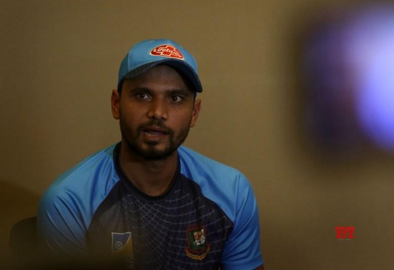 Bangladesh announce WC squad, Mortaza to lead