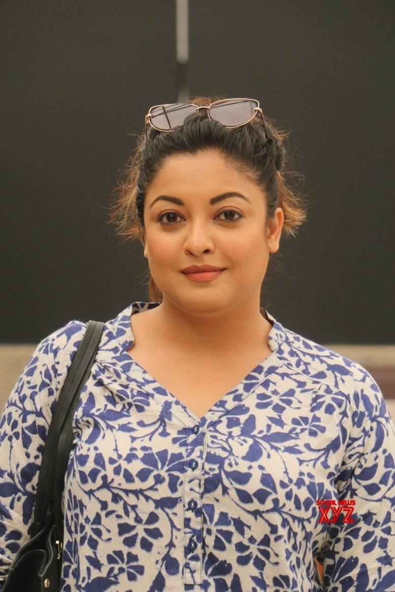 Tanushree slams Ajay Devgn for working with Alok Nath