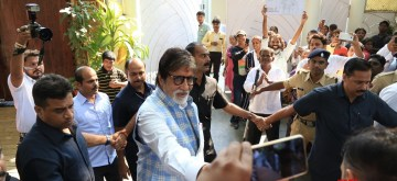 Mumbai: Actor Amitabh Bachchan meet fans who stood outside the actor's residence on his birthday in Mumbai on Oct 11, 2018. (Photo: IANS)