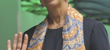 (180226) -- JAKARTA, Feb. 26, 2018 (Xinhua) -- Christine Lagarde, managing director of the International Monetary Fund (IMF) waves as she visits Pertamina Hospital in Jakarta, Indonesia, Feb, 26. 2018. (Xinhua/Zulkarnain) (zjl)
