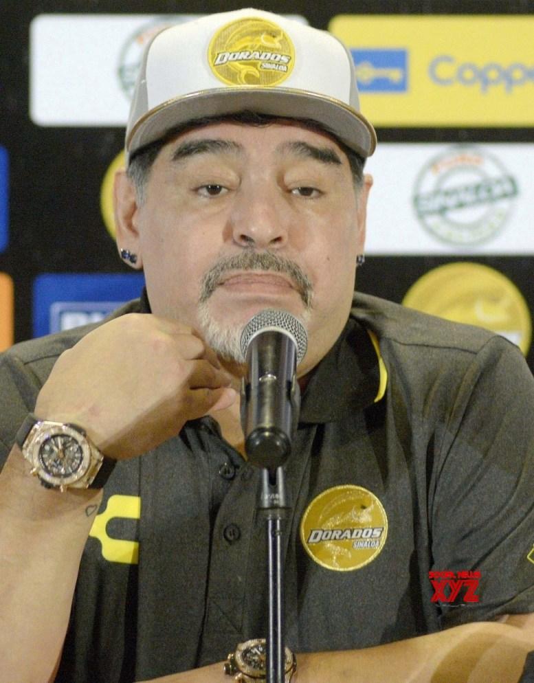 Maradona undergoes successful surgery for stomach bleeding
