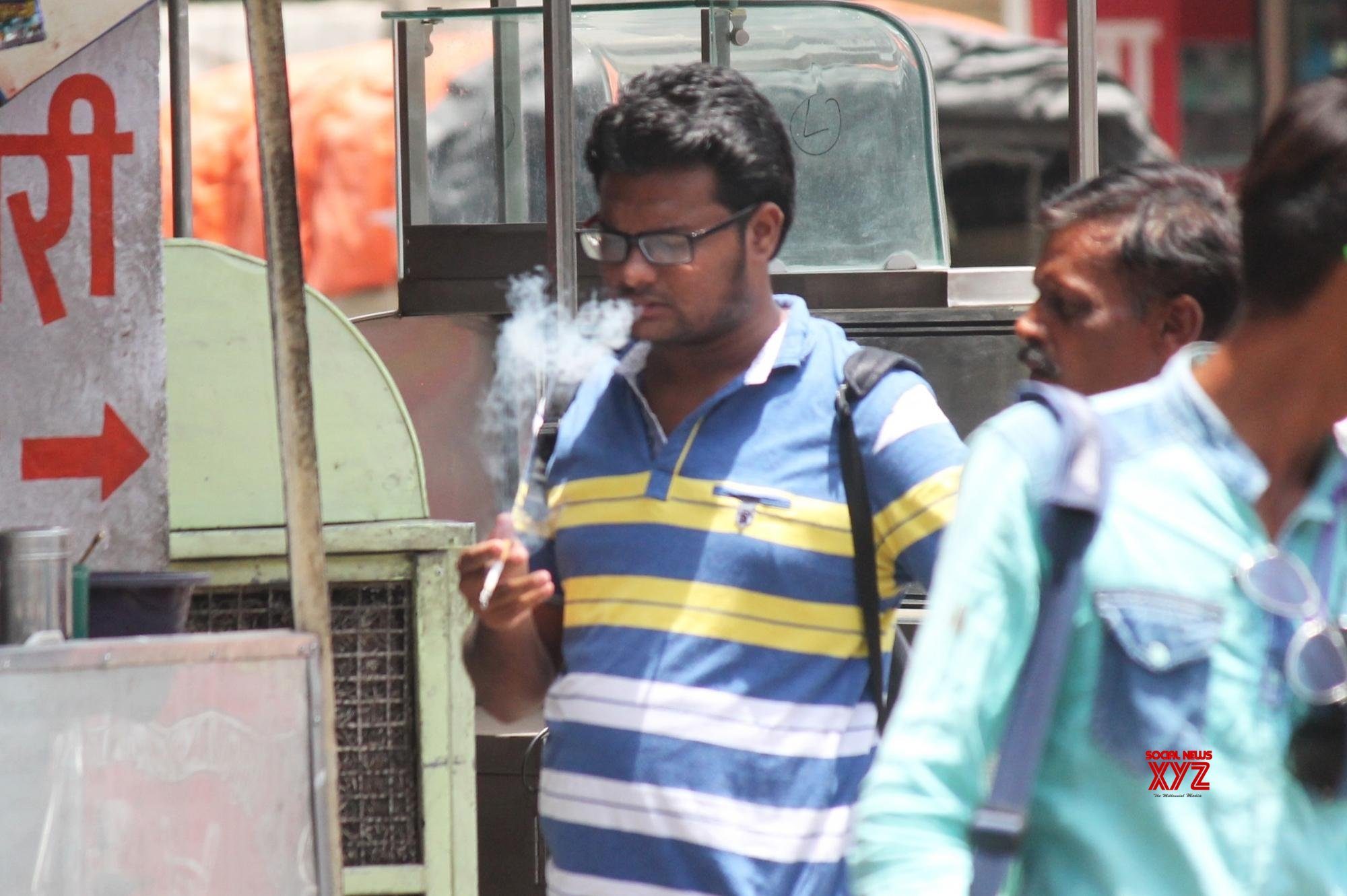 53 per cent smokers between 20-30 years: Survey