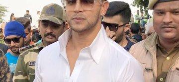 Agra: Actor Sahil Khan during his visit to the Taj Mahal in Agra, Uttar Pradesh on Dec 6, 2018. (Photo: IANS)