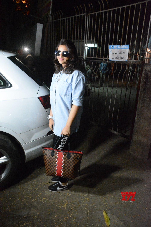 Mumbai: Pareeniti Chopra seen outside a salon #Gallery