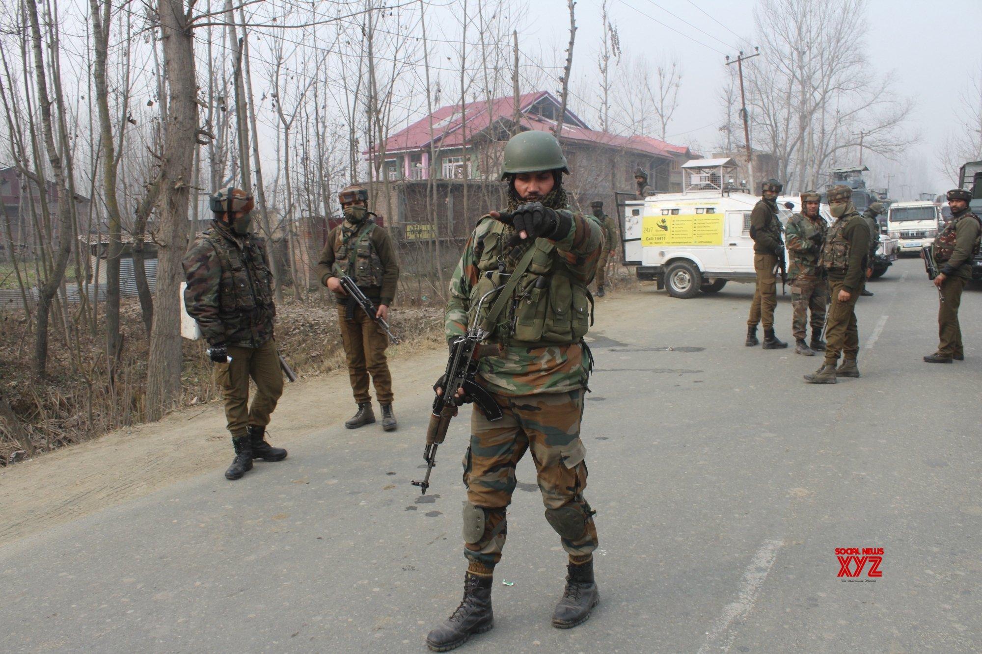 One killed, two injured in Pakistan firing