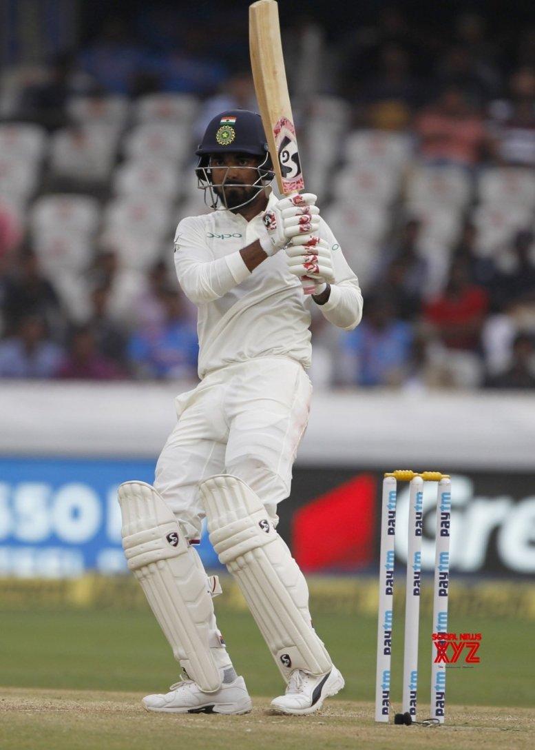 India reach 86/2 at tea; stretch lead to 101 runs