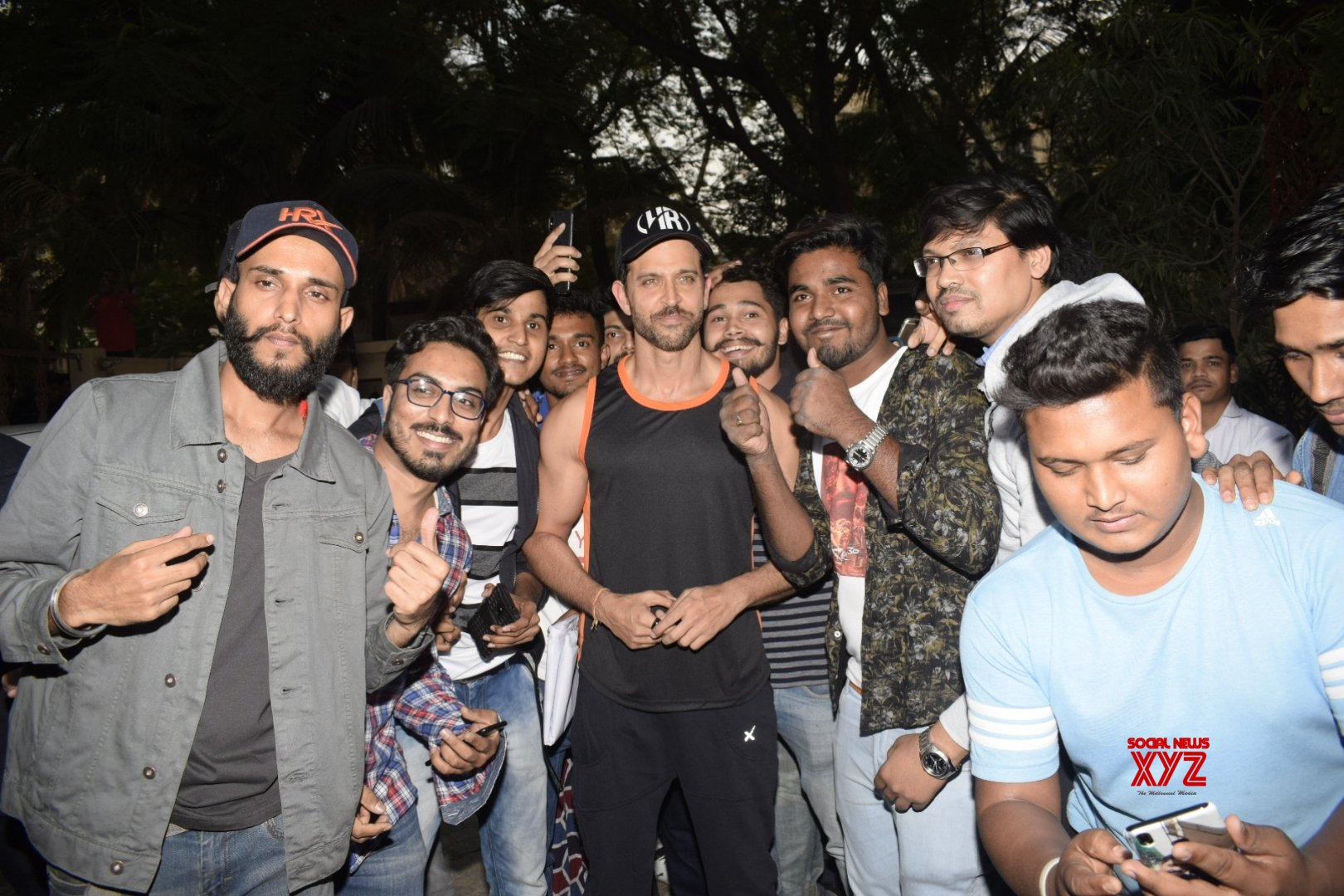 Mumbai: Fans greet Hrithik Roshan on his birthday #Gallery