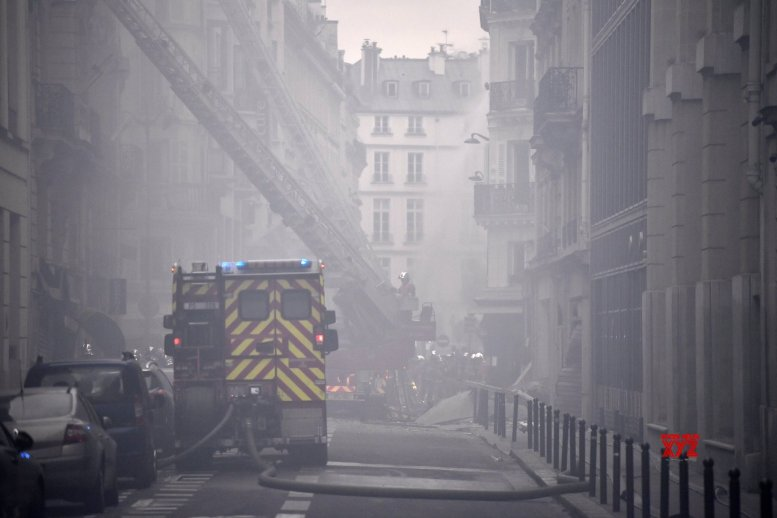 Death toll rises to 4 in Paris bakery blast