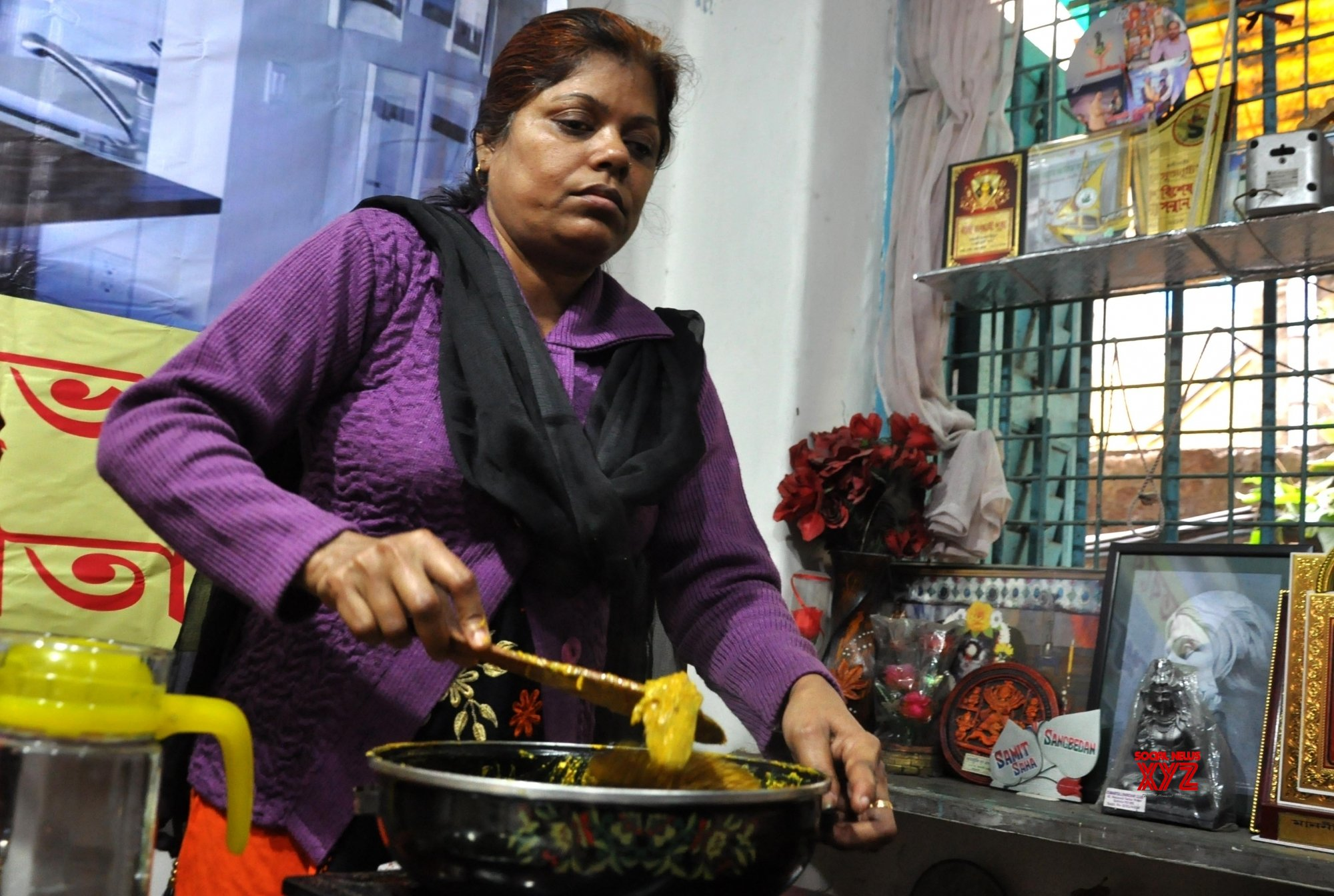 Kolkata: Blind women participate in a cooking competition #Gallery