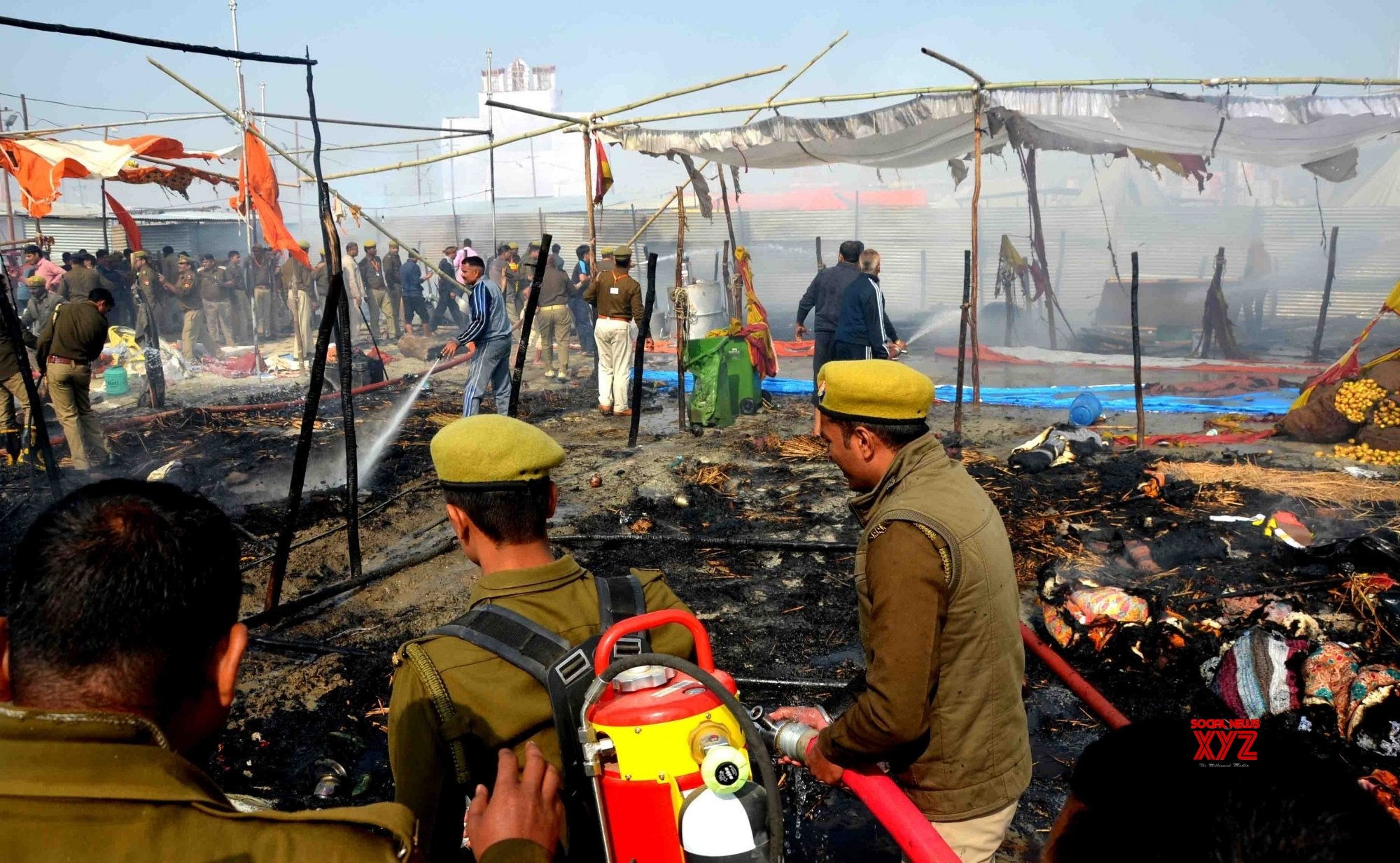 Fire at Kumbh destroys tents, none injured