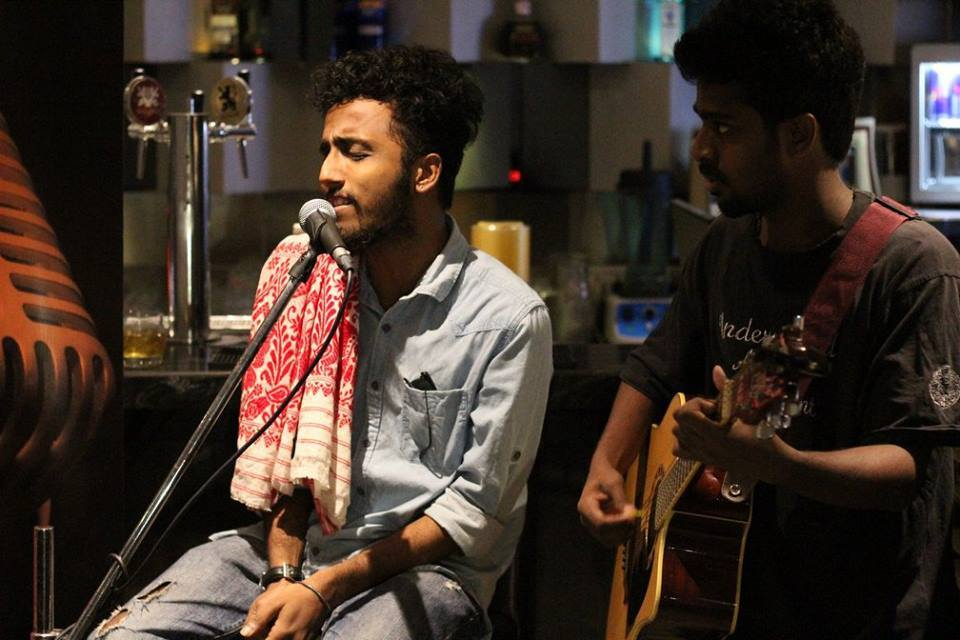 Bangla Qawwali by Murshidabadi Project to enthrall White