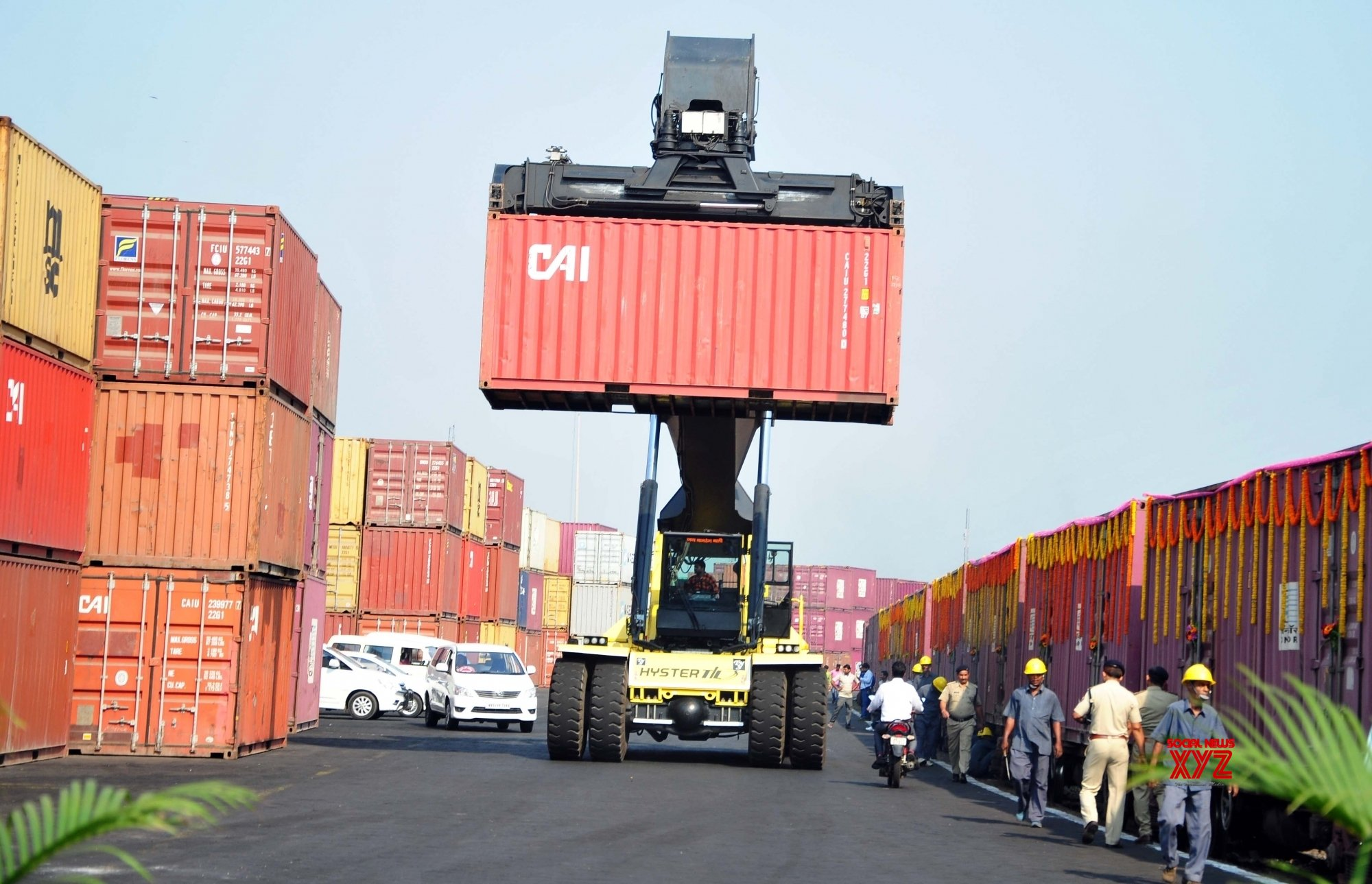 India's August exports, imports rise YoY