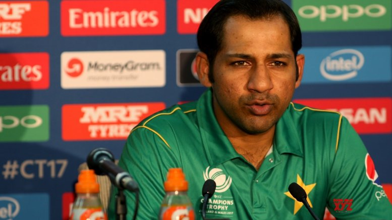 PCB Chairman wants Sarfaraz to leave Test captaincy: Report