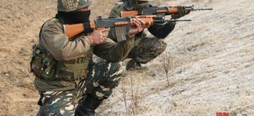 Pulwama: Soldiers take position during an encounter in Pulwama district's Lethpora area, Jammu and Kashmir on Dec 31, 2017.  Heavily armed militants entered 185 battalion CRPF training camp at around 2.10 a.m., after hurling grenades and resorting to gunfire, killing one Central Reserve Police Force (CRPF) trooper and injuring three others. (Photo: IANS)