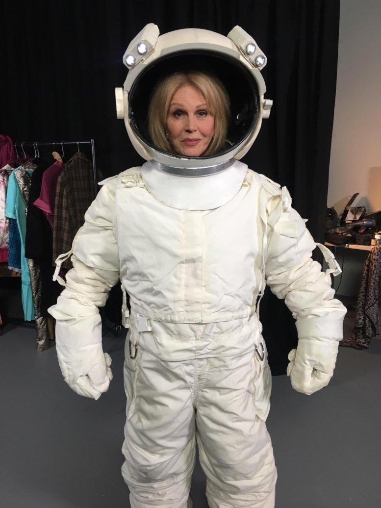 BAFTA host takes a dig at Oscars