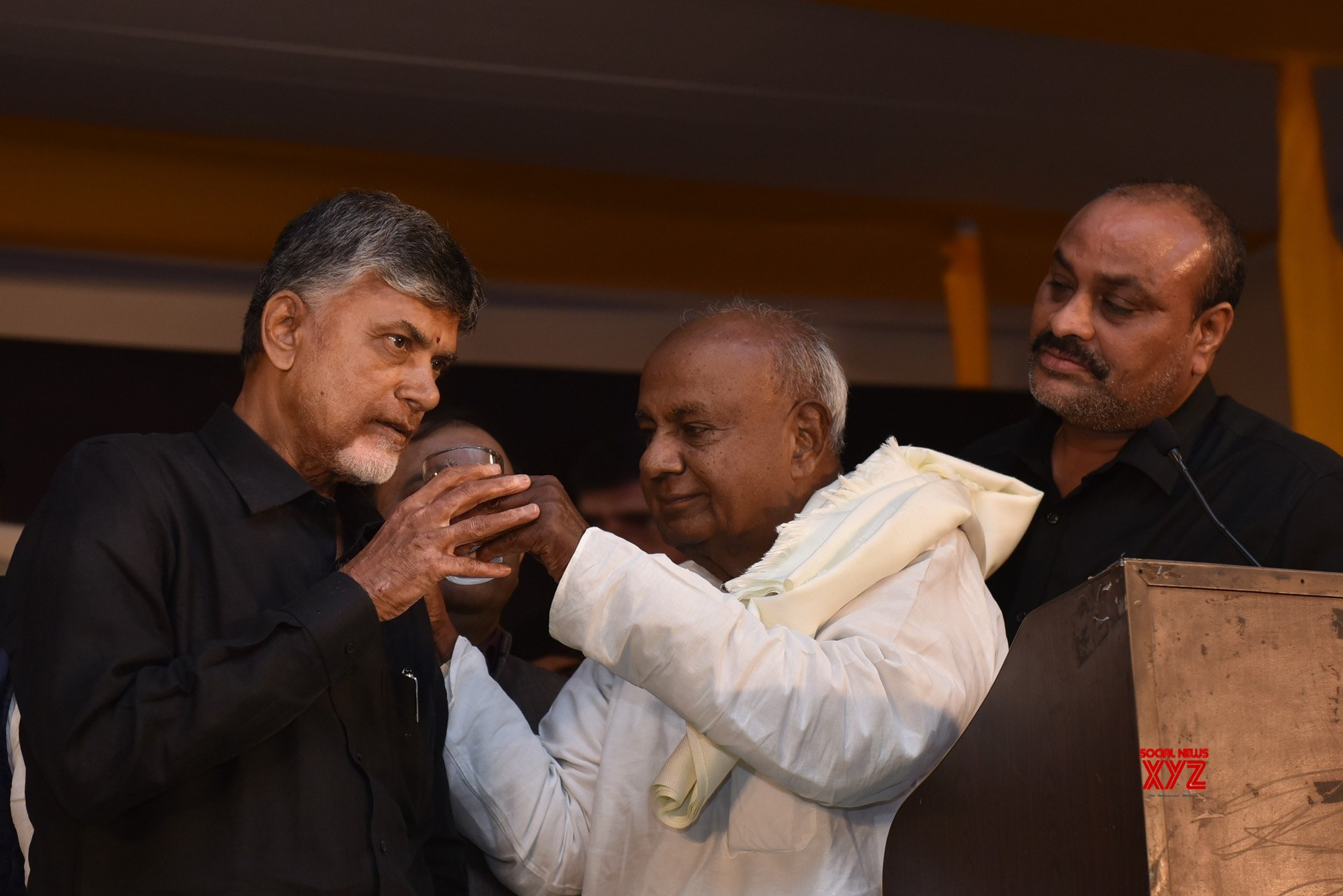 New Delhi: Andhra CM begins fast in Delhi for special status (Batch - 3) #Gallery