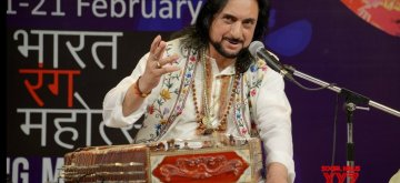 New Delhi: Santoor legend Pandit Bhajan Sopori performs during the 20th Bharat Rang Mahotsav 2019 in New Delhi on Feb 12, 2019. (Photo: IANS)