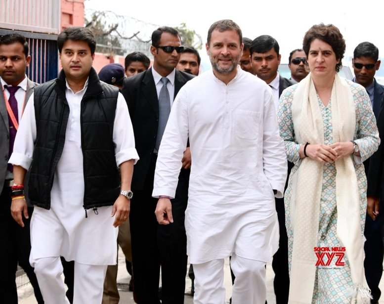 Priyanka given charge of 41 seats, Scindia 39 in UP