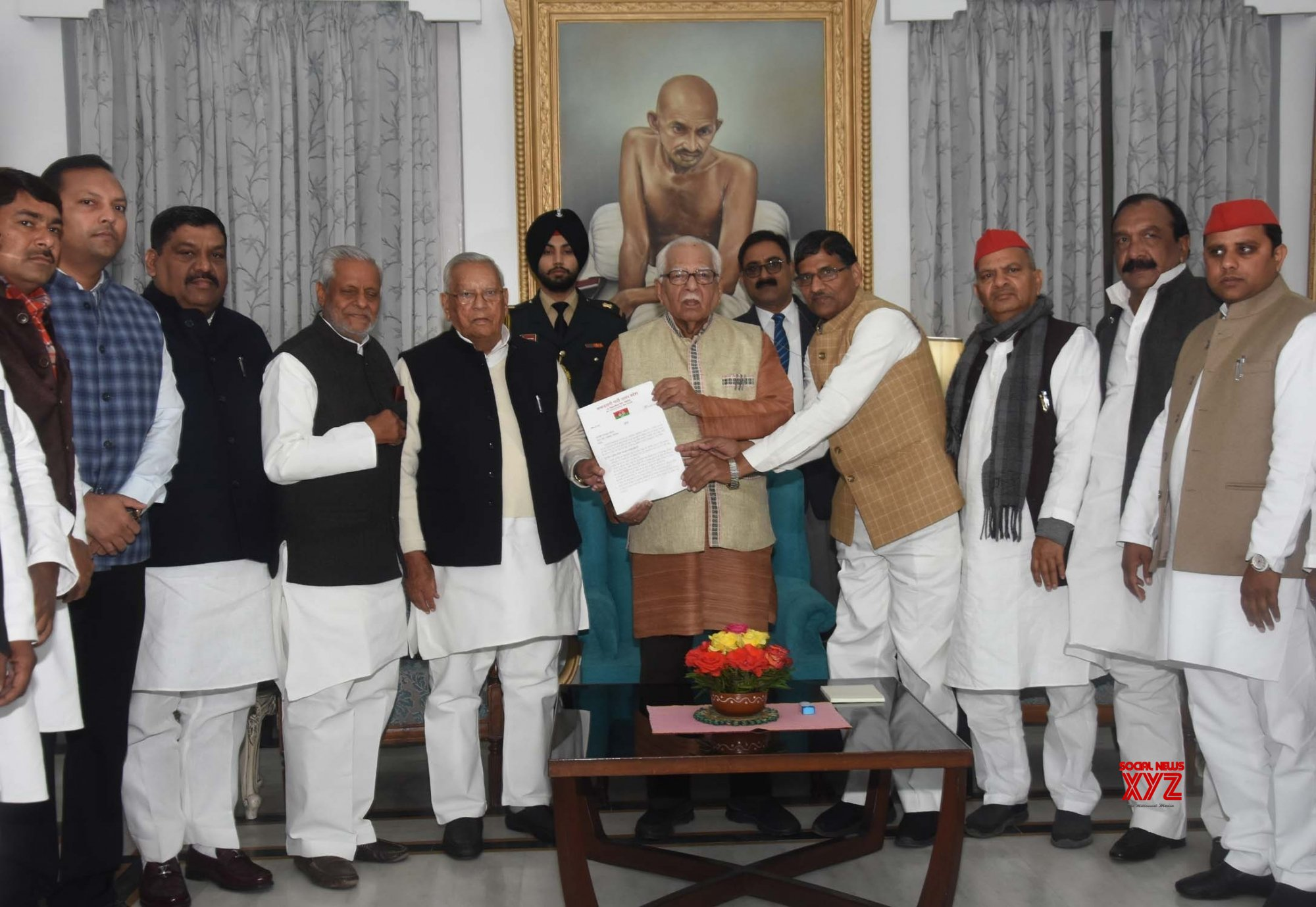 Lucknow: SP and BSP workers submitting memorandum to UP Governor Ram Naik #Gallery