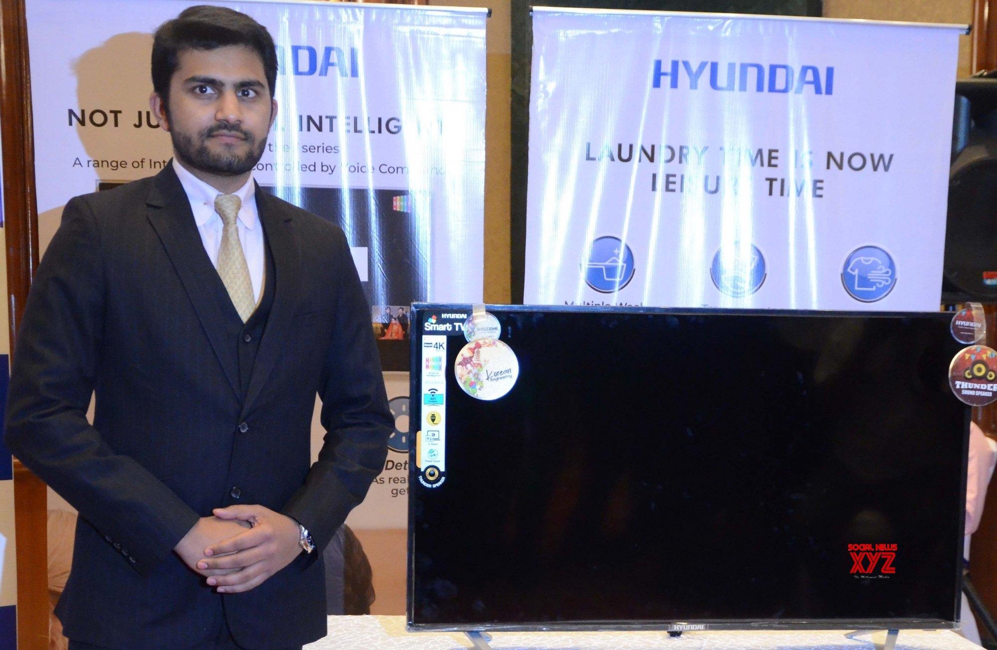 Mumbai: Hyundai Electronics launches new TV #Gallery