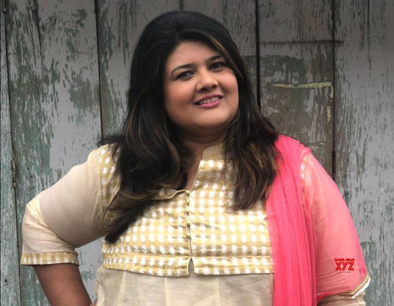 I don't mind playing a fat girl: Khushboo Shroff