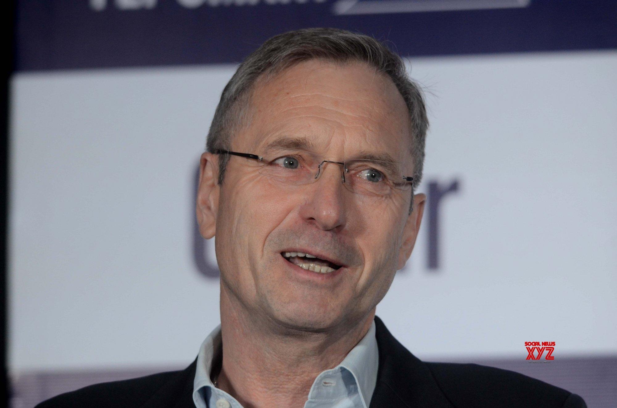 GoAir's CEO Cornelis Vrieswijk resigns