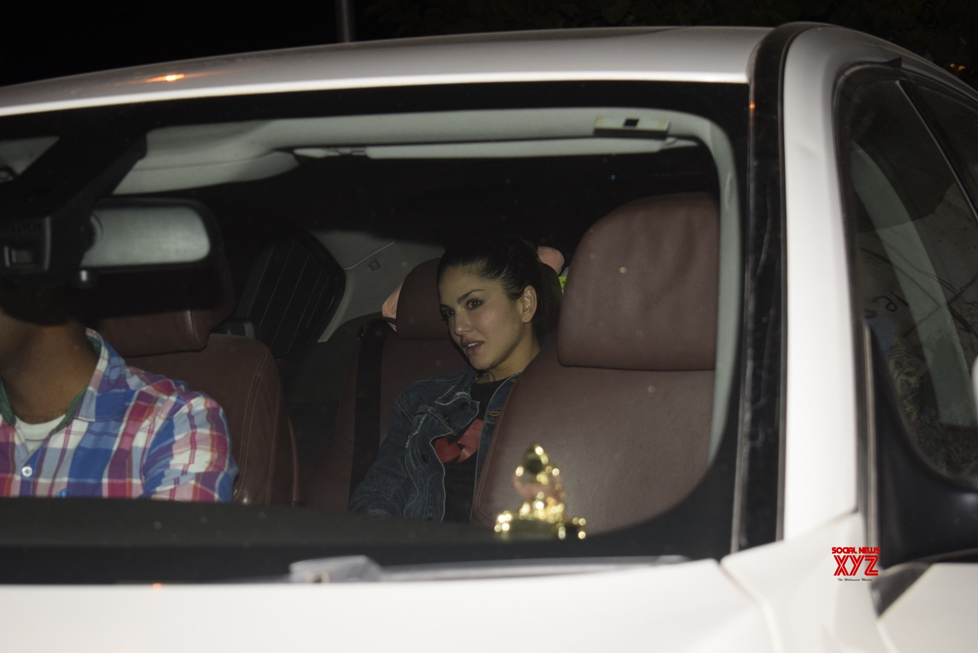 Mumbai: Sunny Leone spotted at Myrah Spa #Gallery