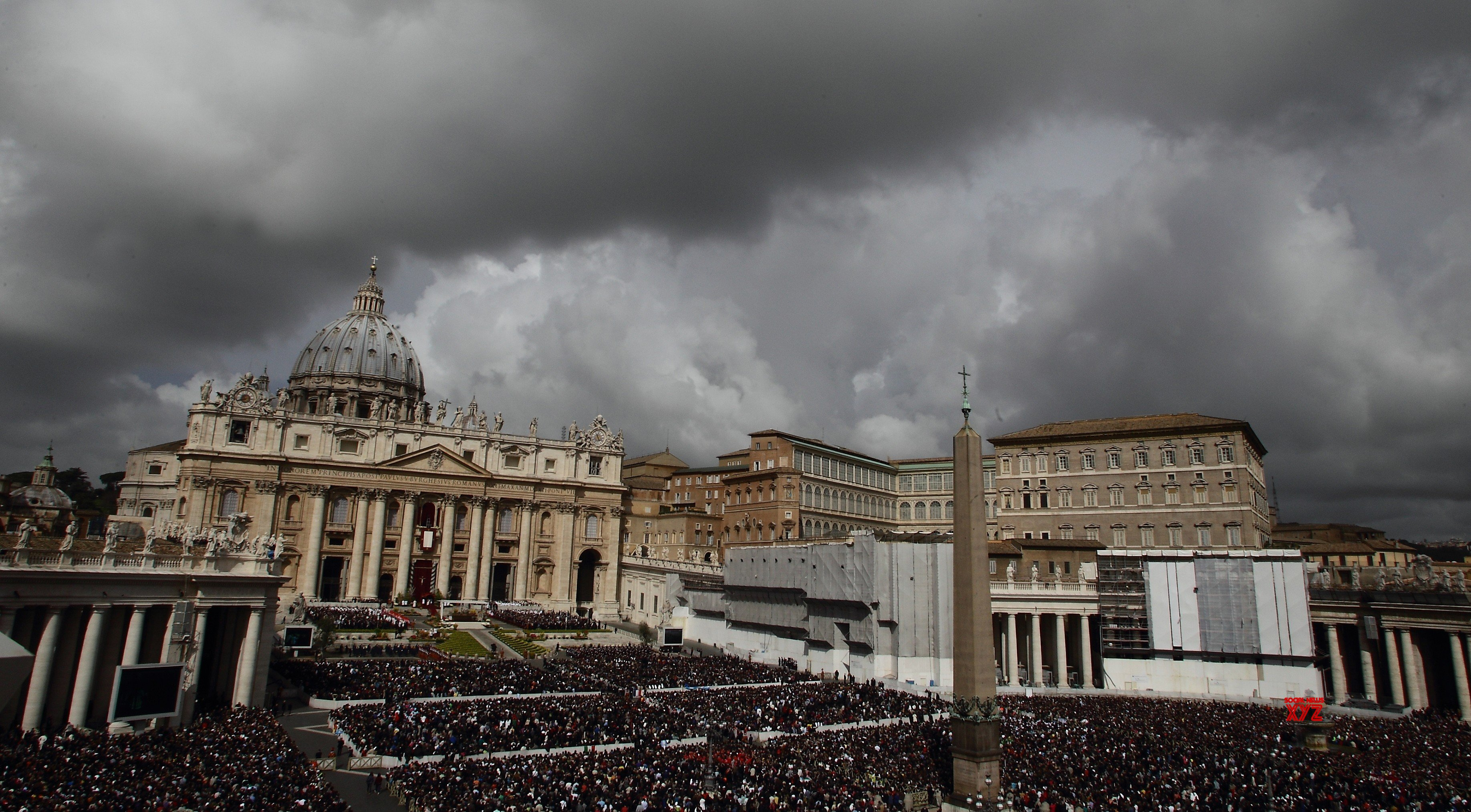 Vatican has rules for priests who father children