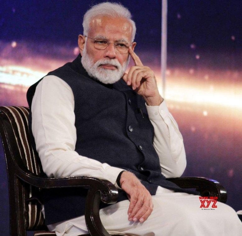 Ignoring Modi, BJP follows 'naamdar' route in Goa