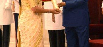 New Delhi: President Ram Nath Kovind presents Padma Shri to Prashanti Singh during Civil Investiture Ceremony - II at Rashtrapati Bhavan in New Delhi, on March 16, 2019. (Photo: IANS/RB)